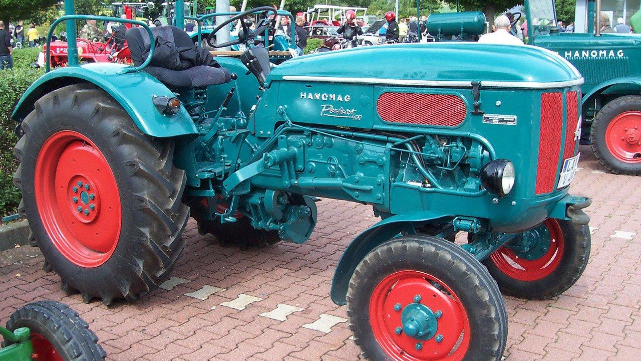 Event Meeting of antique tractors