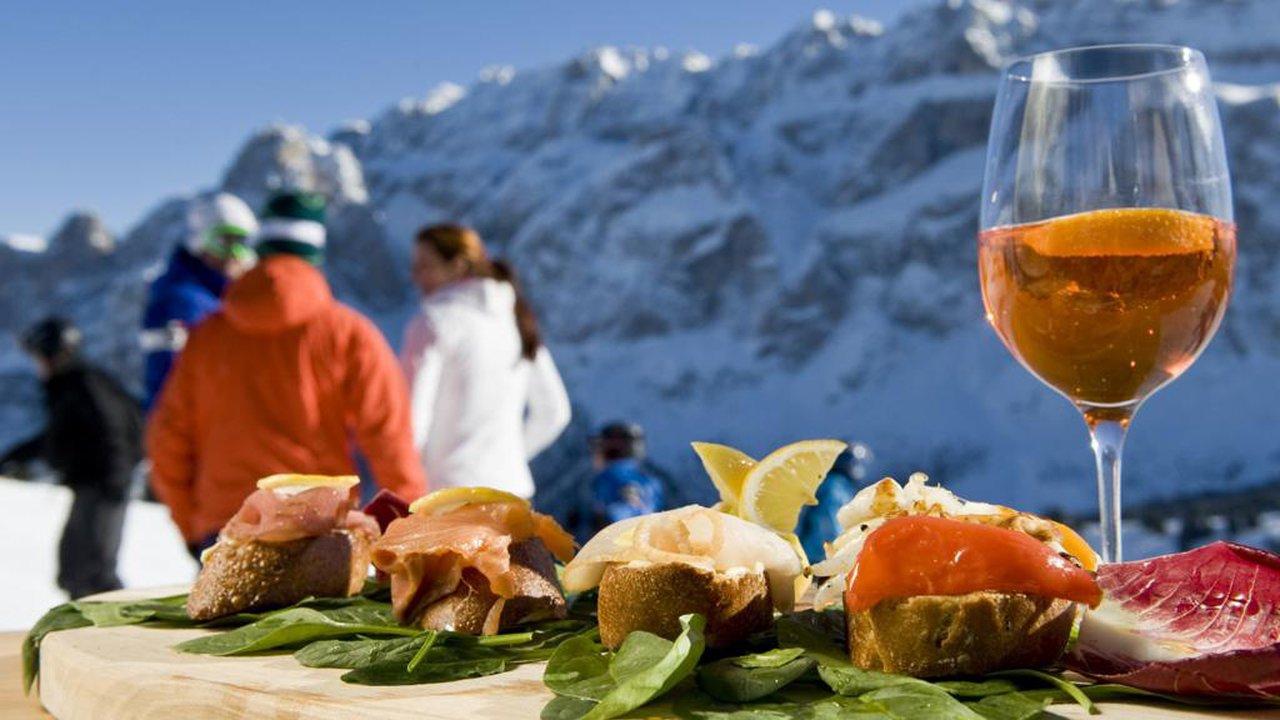 Event Maië bon: Dolomites Show Cooking