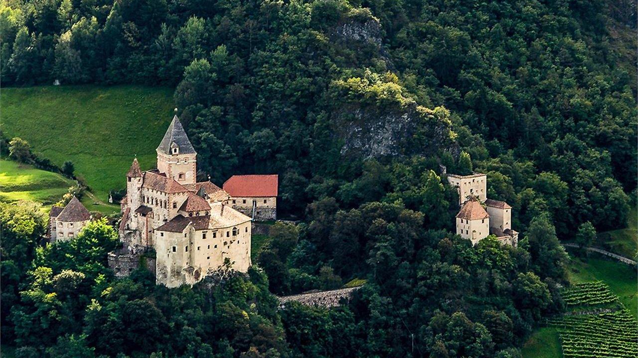Event Excursion to Castle Gardena