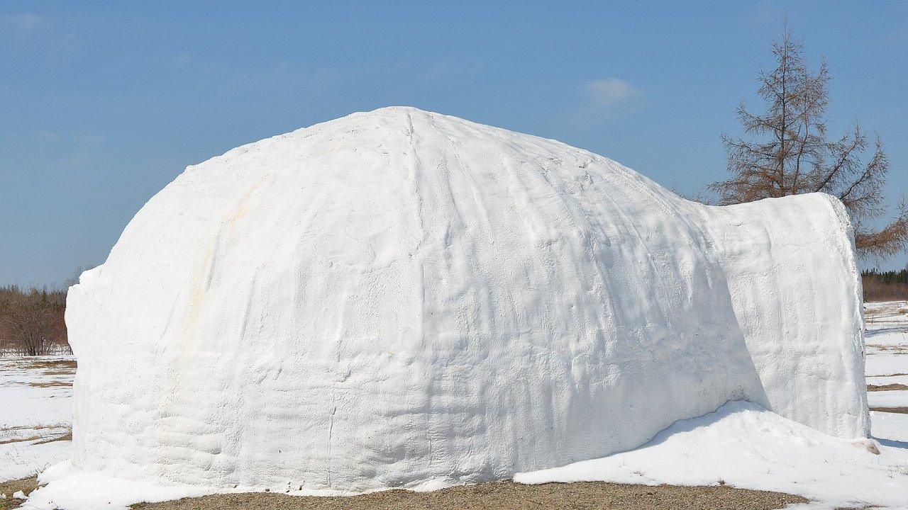 Event Mountain Igloo: sleeping in an igloo