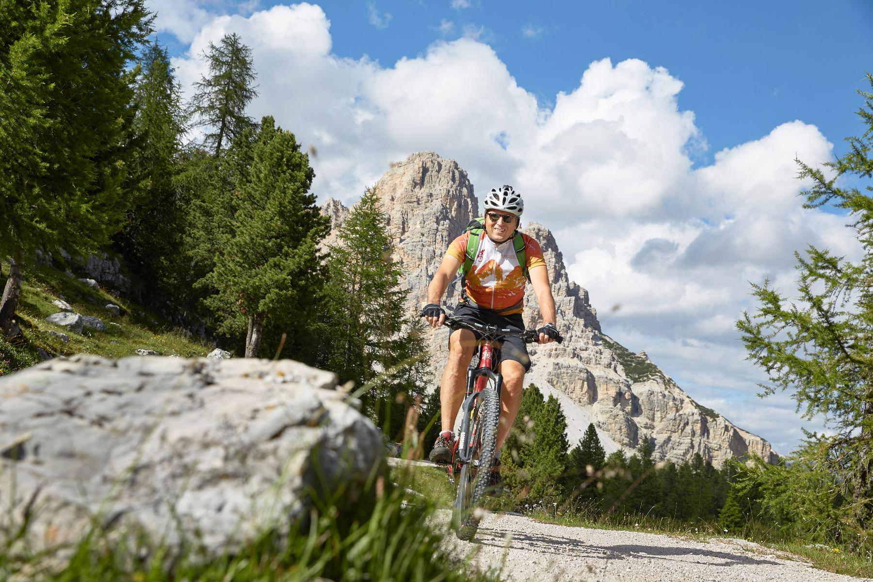 Mountain Bike Tour to Fanes with the Bike School week programm