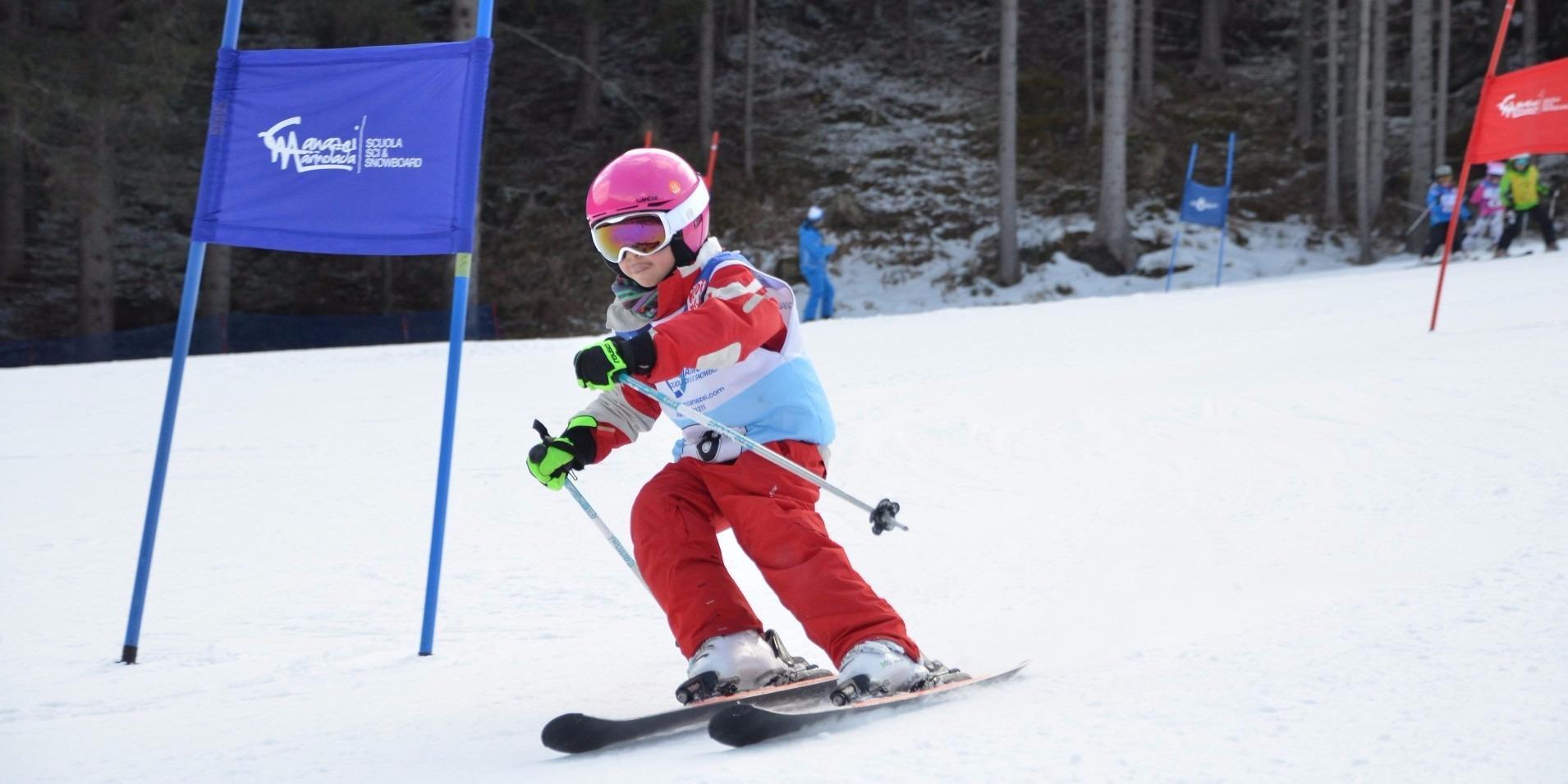 Gara di sci sulla pista Pedagà su prenotazione programma settimanale