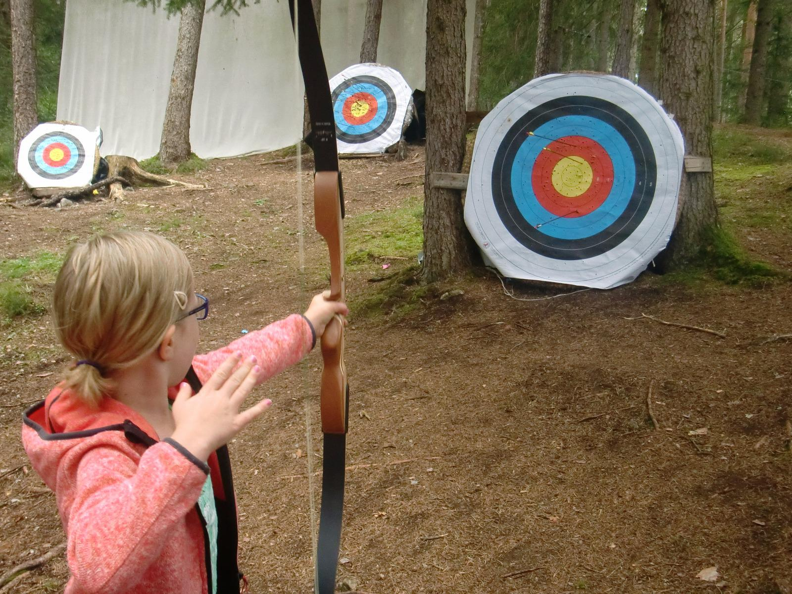 Archery with Willi week programm